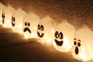 3 diy halloween ghost decorations for your home