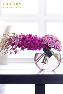 Flowers as Holiday Gifts with Interflora