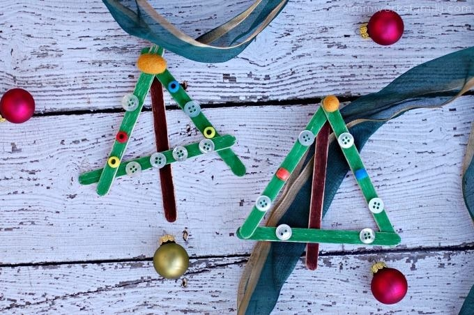Easy Christmas Crafts: Craft Stick Christmas Trees