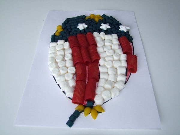 Patriotic Pasta and Marshmallow Balloon Memorial Day Craft