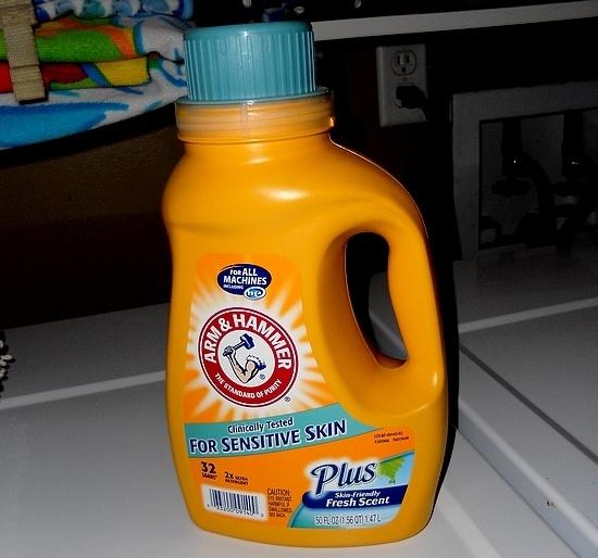 arm u0026 hammer sensitive skin plus fresh scent laundry detergent