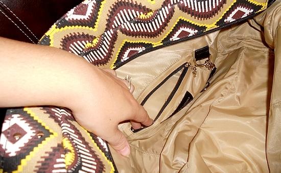Gigi Hill Interior Pockets