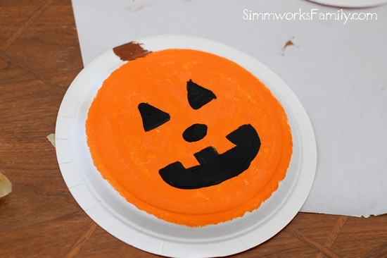 Easy Paper Plate Pumpkin Craft