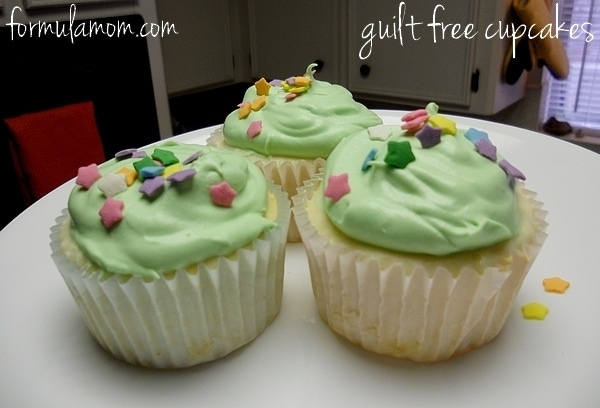 Guilt Free Cupcakes #CoolWhipFrosting