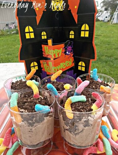 Halloween Recipe Worms In Dirt Inspired by Frankenweenie #DisneyMoviesEvent