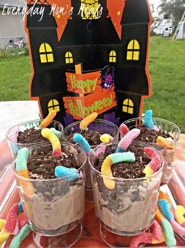 Halloween Recipe Worms In Dirt Inspired by Frankenweenie #DisneyMoviesEvent