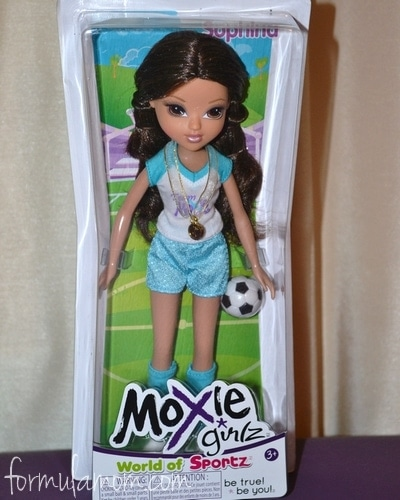 Sophina Moxie Girlz World of Sportz Doll