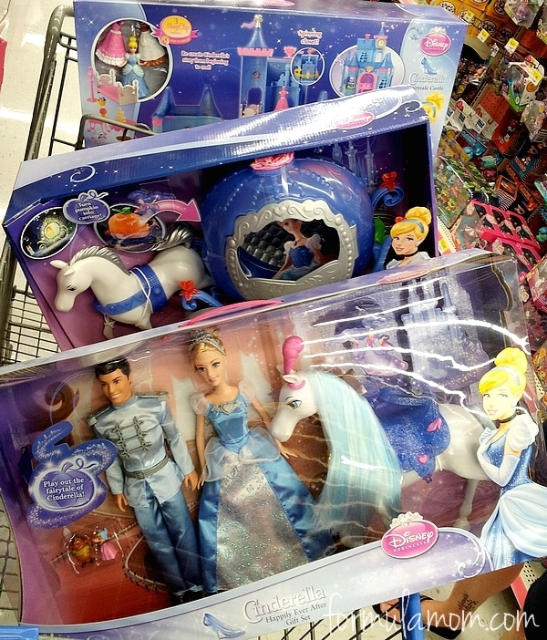 Shopping for Disney's Cinderella at Walmart #DisneyPrincessWMT #Cbias