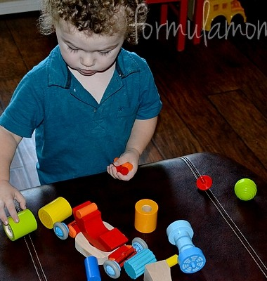 Exploring with Haba Discovery Set