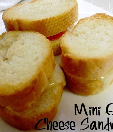 Mini Grilled Cheese Recipe - Happy National Bread Month!