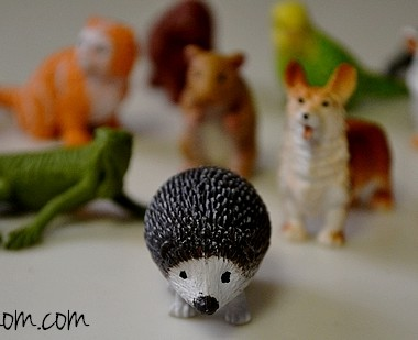 Safari Ltd Realistic Animal Toys Pets Toobs