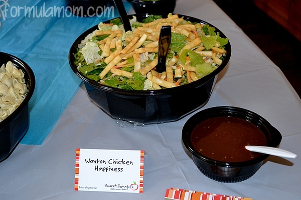 Sweet Tomatoes Catering Wonton Chicken Happiness