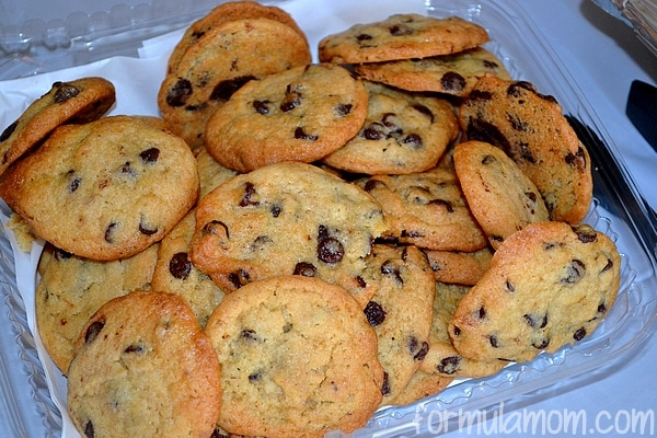 Sweet Tomatoes Catering Chocolate Chip Cookies