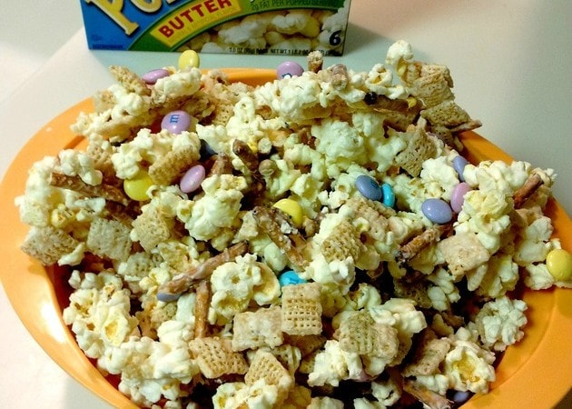 Easter Family Movie Night Ideas #PopSecretMovieNight