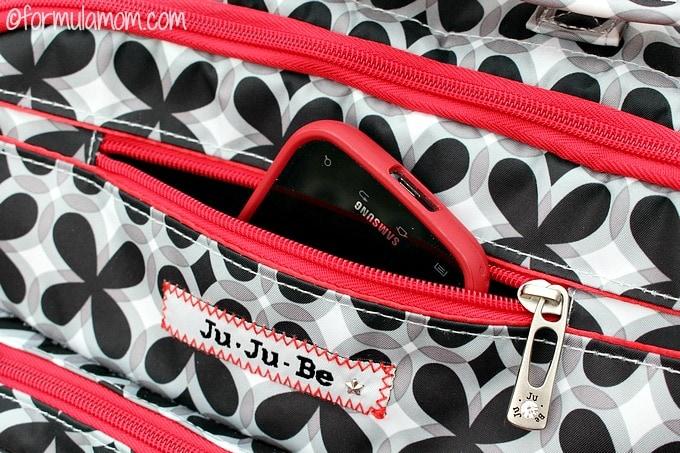 Ju Ju Be BFF has plenty of pockets!