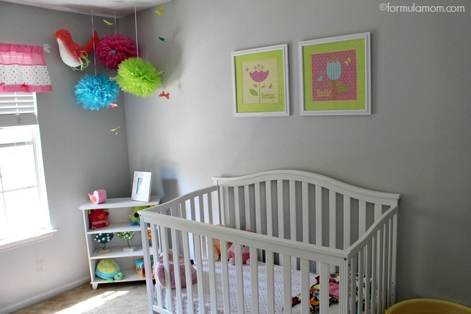 Mix match baby nursery ideas the simple parent for Simple nursery design