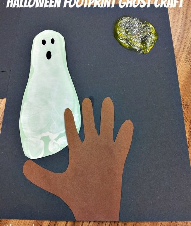 Footprint Ghost Craft #Halloween