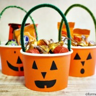 Easy Halloween Treat Cups