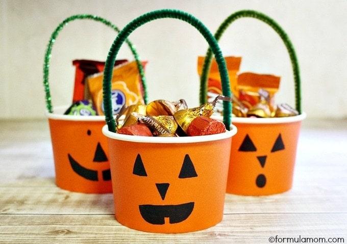 Easy Halloween Treat Cups Craft #halloween
