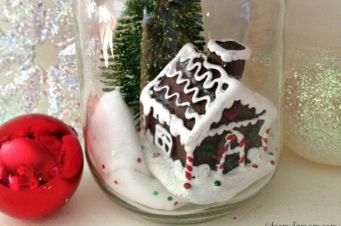 Dollar Tree DIY: Christmas in a Jar