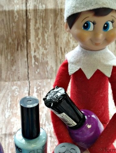 Elf on the Shelf Ideas: Manicure