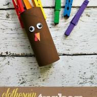 Clothespin Turkey Roll Craft