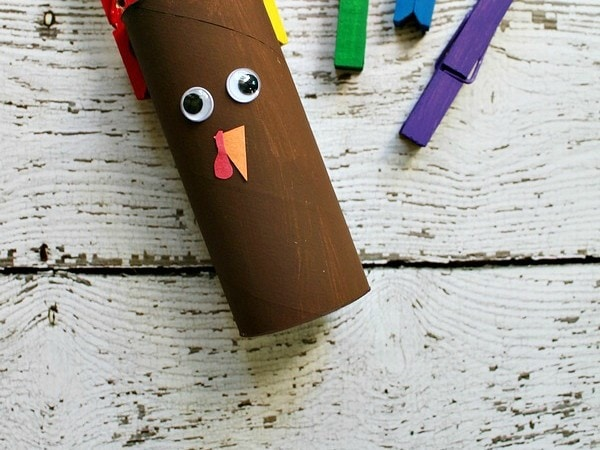 Clothespin Turkey Roll Craft