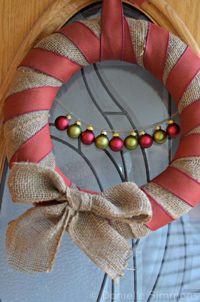 burlap christmas wreath close up