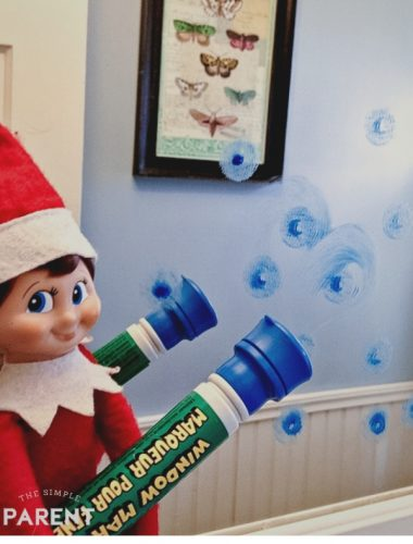 Elf on the Shelf Ideas: Writing Messages on a Mirror with a Window Marker