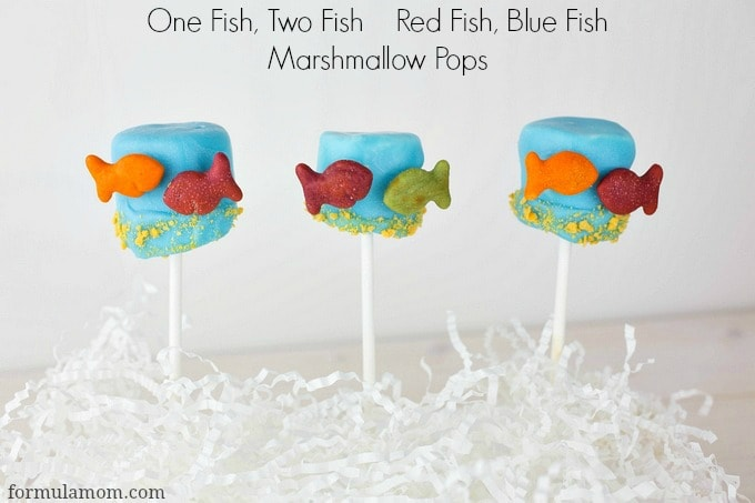 Dr. Seuss One Fish, Two Fish Red Fish, Blue Fish Marshmallow Pops #drseuss
