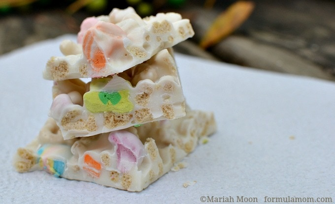 Lucky Charms Candy Bark #stpatricksday