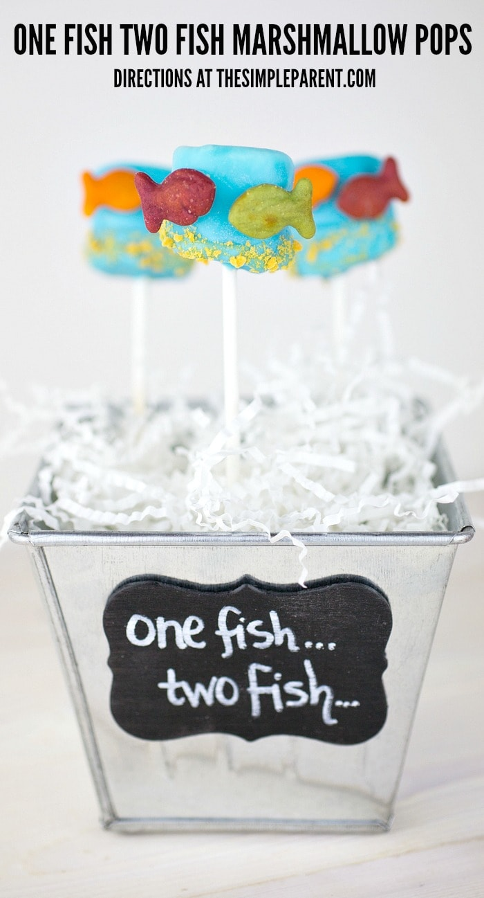 Dr Seuss Snack Ideas like One Fish Two Fish Marshmallow Pops are a fun way to make reading come alive for your kids!