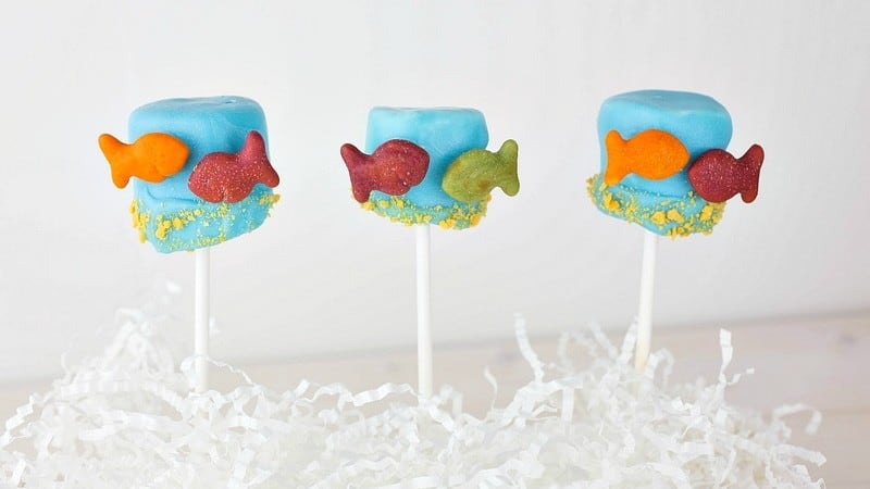 Dr Seuss Snacks Kids Love: One Fish Two Fish Red Fish Blue Fish Marshmallow Pops