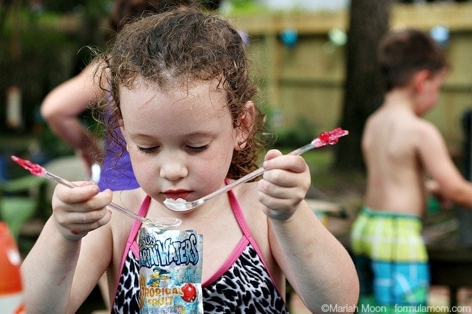 Water Play Date Ideas: Capri Sun Slush #CapriSunMomFactor #keepkidsbusy