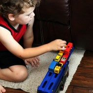 5 Ways to Encourage Toddlers Independent Play