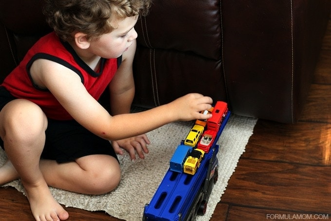 Ways to Encourage Toddlers Independent Play #