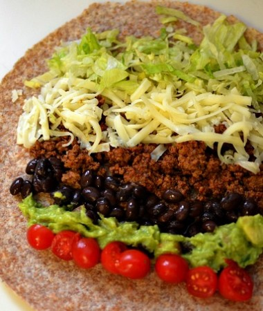 Family Friendly Clean Eating Burritos #cleaneating