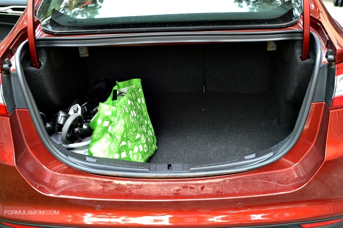 Ford Fusion Has a Huge Trunk! #FordTX