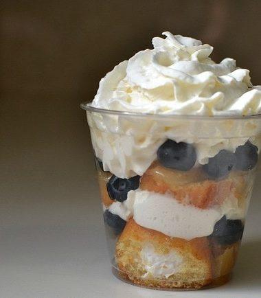 Lemon Blueberry Twinkie Parfait Recipe #TwinkieCookbook