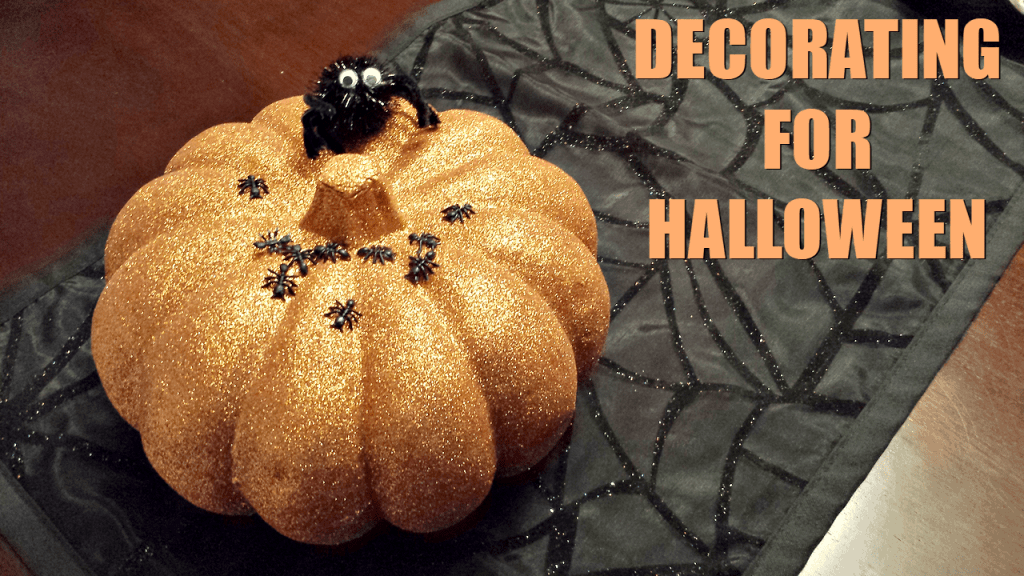 Decorating for #Halloween #vlog