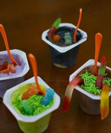 Halloween Pudding Cups with Snack Pack #SnackPackMixins #shop