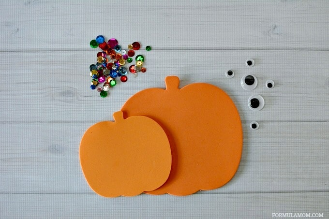 What You Need to make this Easy Sequin Pumpkin Craft #Halloween