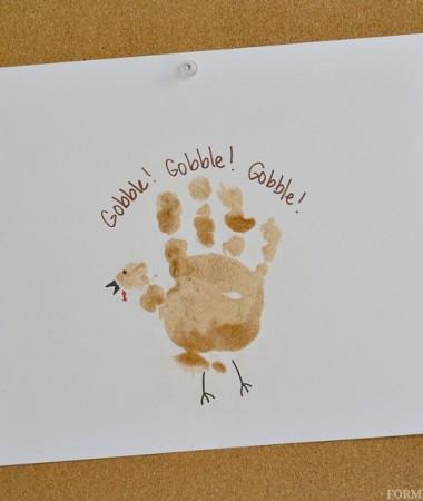 Cinnamon Sugar Turkey Handprint Craft for Toddlers #Thanksgiving #craftsforkids