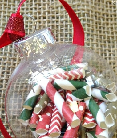 DIY Christmas Ornaments Idea: Paper Straws Ornament #Christmas #DIY
