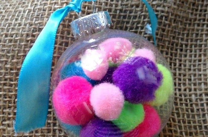 12 Days of DIY Christmas Ornaments: Pom Pom Ornament