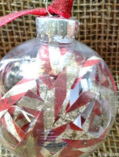 12 Days of DIY Christmas Ornaments: Scrap Paper Ornament #Christmas #DIY