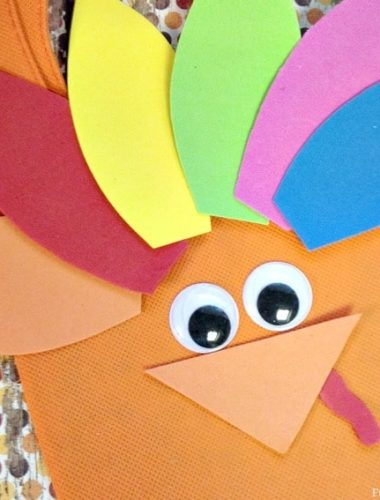 Thanksgiving Crafts for Kids: Easy Turkey Treat Bag