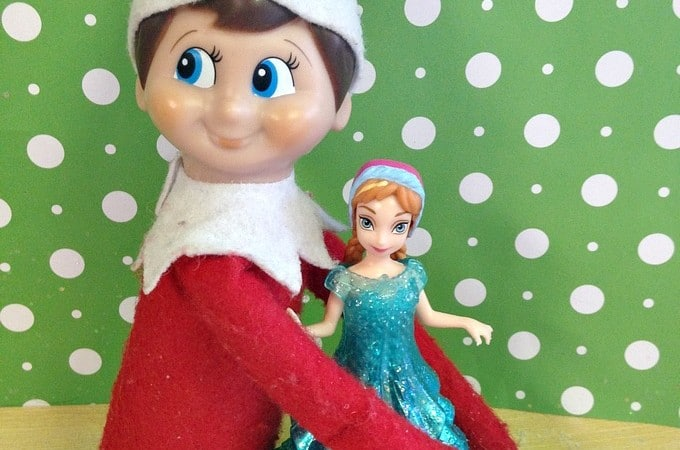Easy Elf on the Shelf Ideas: Elf Hugs