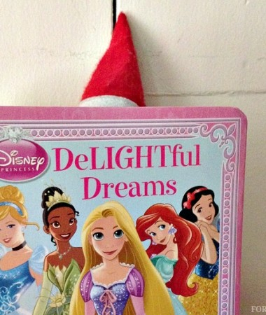 Elf on the Shelf Ideas: Princess Book for Toddlers #ElfontheShelf