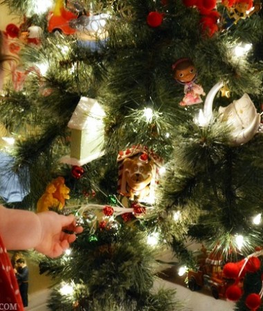 Our Family Christmas Traditions: Decorating the Trees #HolidaysAreCalling #cbias #ad